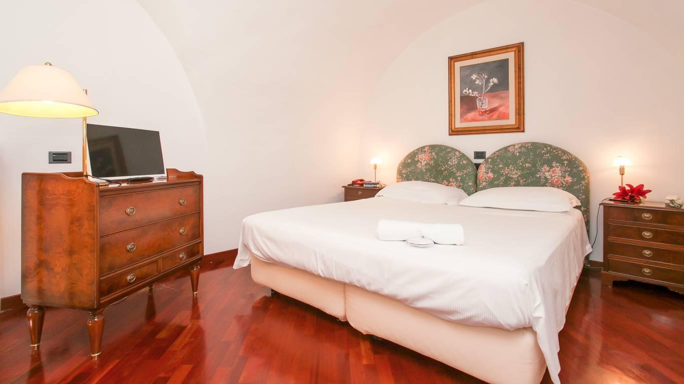 residence-zodiacus-bari-superior-room
